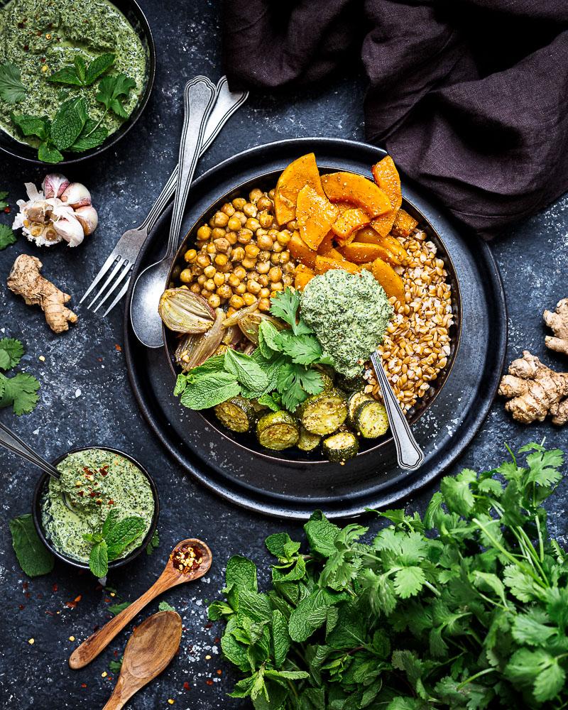 Buddha Bowl de Légumes rôtis aux Épices Indiennes