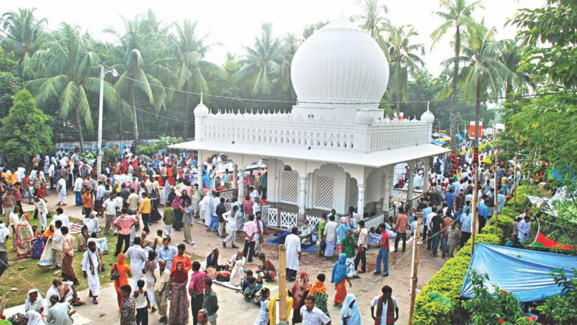 Lalon shrine at Kushtia http://www.thedailystar.net/arts-entertainment/event/homage-the-baul-king-157642