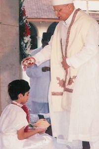 Parsi-Priest-Zoroastran-faith