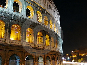 Free Stock Image - Colosseo at night, Rome