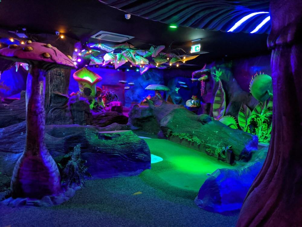 Mr Mulligan's Indoor crazy golf, Milton Keynes | Free Time with the kids review