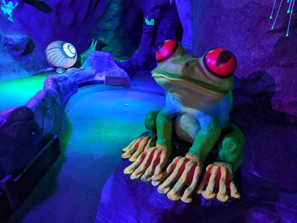 Milton Keynes indoor crazy golf review | Free Time with the Kids