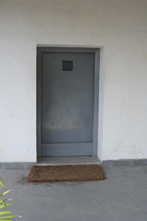 Metal Door Prison Sound Effects