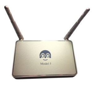 Lool IPTV box with antennas