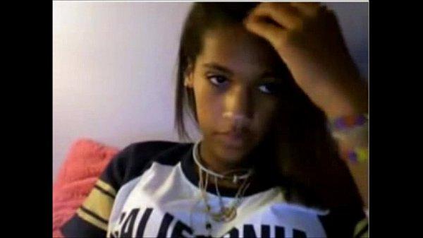 Shy Ebony Teen Shows her Pussy on Webcam