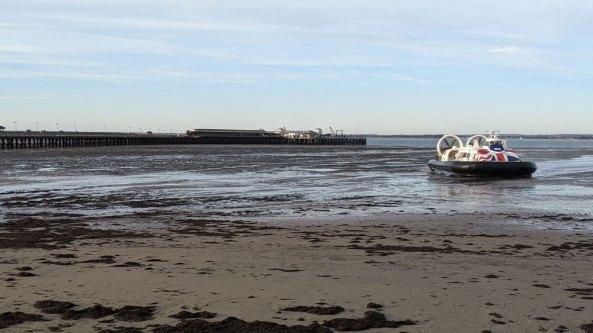 Hovercraft arriving at Ryde