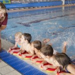 Schwimmen lernen für Kinder ab 3 Jahre - Schwimmen lernen leicht gemacht - Foto: © Monkey Business - Fotolia.com