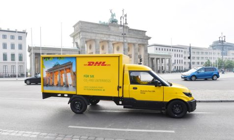 Ein StreetScooter der Deutschen Post DHL Group faehrt am 29.06.17 durch Berlin. Foto: Deutsche Post DHL / Oliver Lang