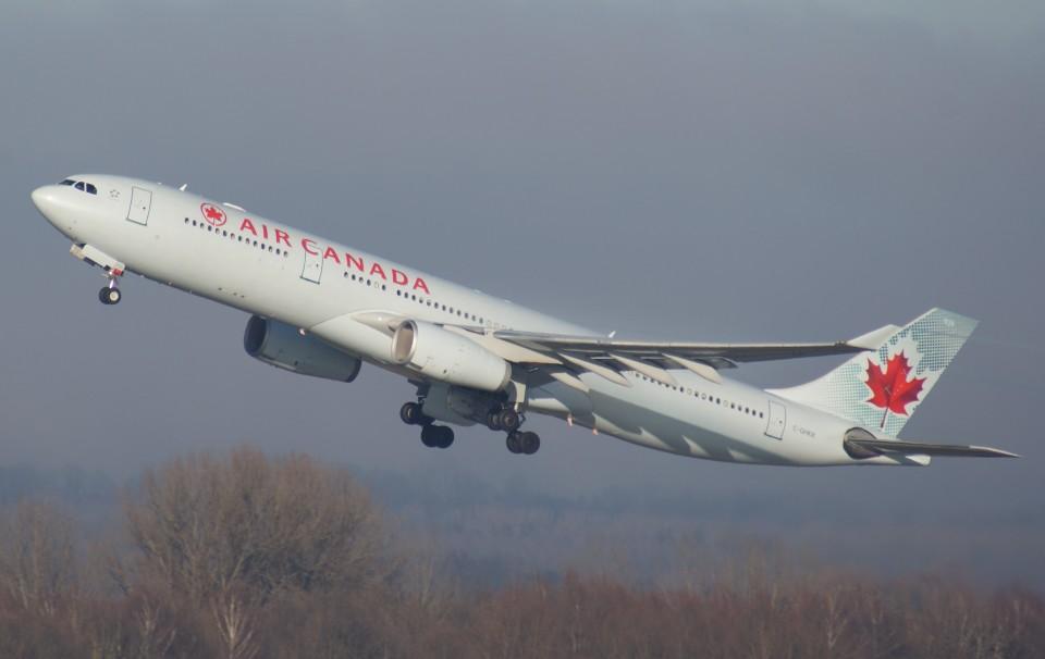 エア・カナダ Airbus A330-300 C-GHKR ミュンヘン・フランツヨーゼフシュトラウス空港 航空フォト | by Luftwaffe さん ...