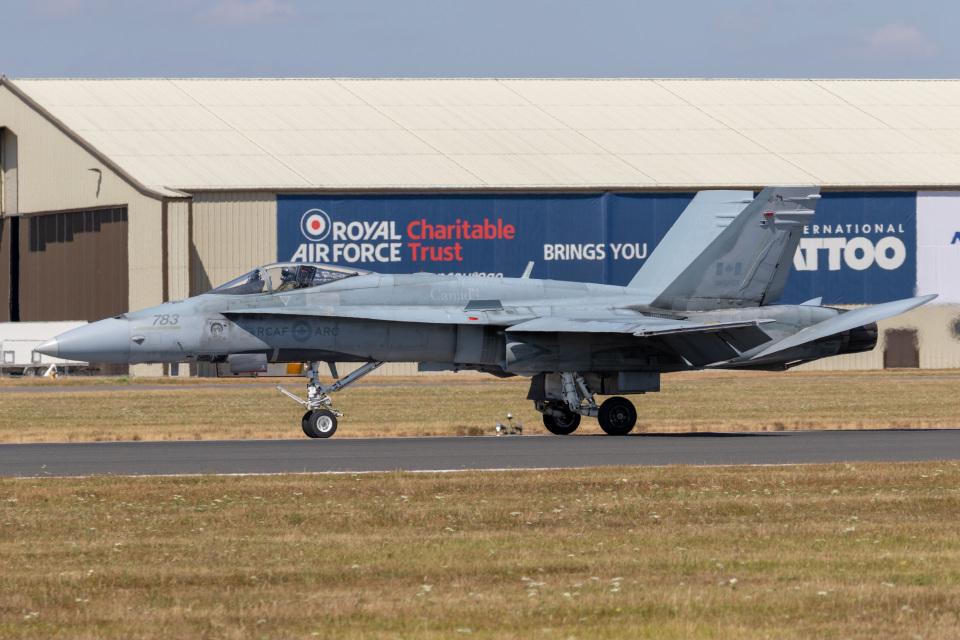 カナダ軍 --- フェアフォード空軍基地 航空フォト | by チャッピー・シミズさん 撮影2018年07月15日
