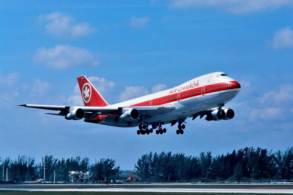 エア・カナダ Boeing 747-100 C-FTOB マイアミ國際空港 航空フォト | by パール大山さん 撮影1980年03月12日