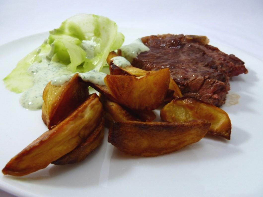 Gurke Hegau Kartoffeln Dry Aged Beef