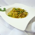 Surreal Fusion Cuisine: Vegane Low Carb Bärlauch-Spaghetti