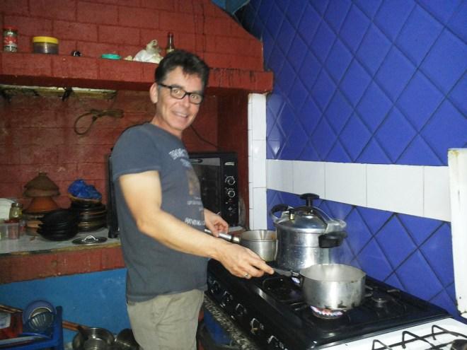 Marrokanischer Dampfdrucktopf und myself
