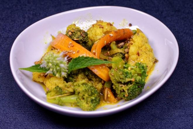 Gemüse Curry geröstete Insekten1_DxO