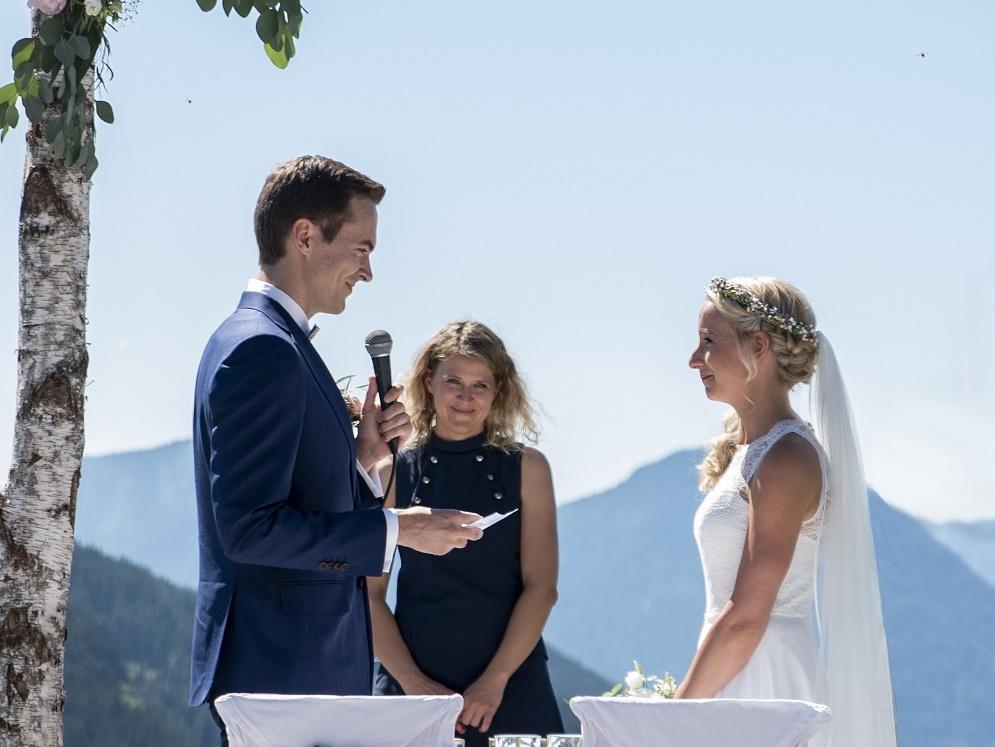 Freie Trauung mit Ingrid von freiheiraten in Heidelberg
