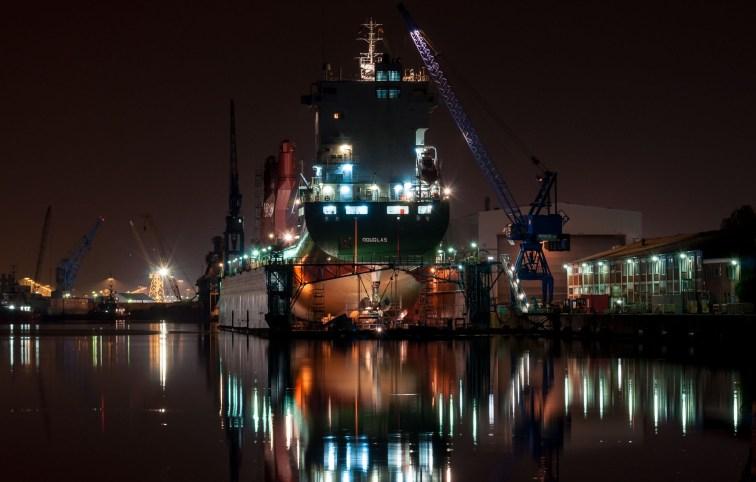 Nachtaufnahme in Bremerhaven