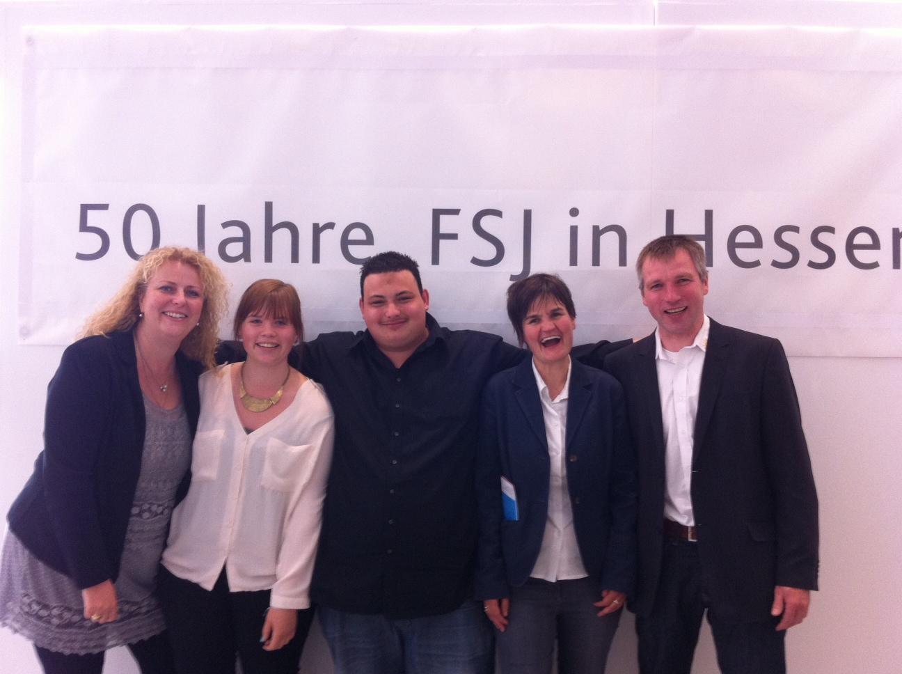 Micha Bier (päd. Mitarbeiterin), Mira Beckmann (Freiwillige), Dominic Firat (Freiwilliger), Dagmar Emig-Mally (Fachbereichsleitung), Udo Dörsam (Behindertenhilfe Bergstraße)