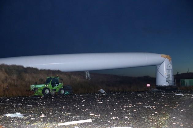 collapsed-turbine-4-630x419