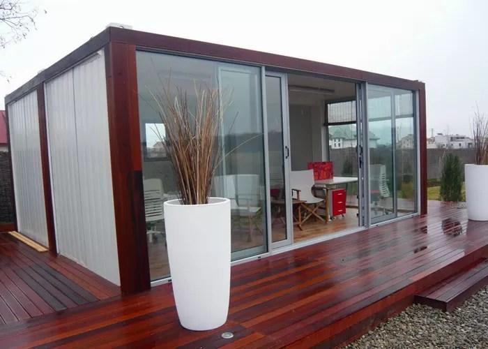 chambre moderne blanche et rouge de conteneur chambre vivante favorable a l environnement de conteneur
