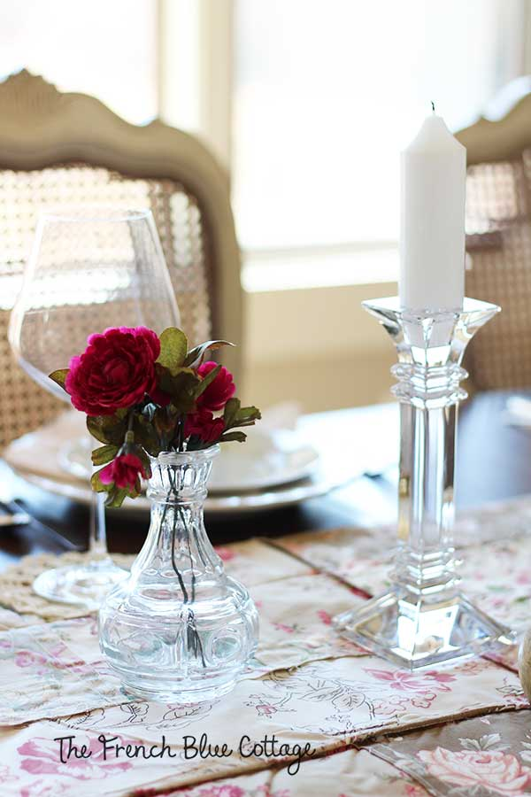 Crystal candlesticks with glass vase.