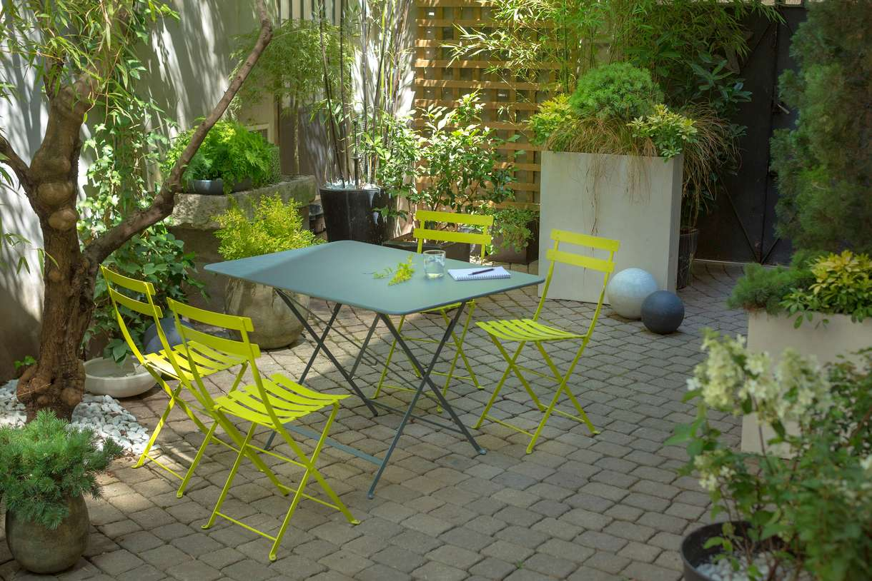 Table De Jardin Ronde En Couleur | Salon De Jardin Metal Table Et ...