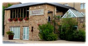 Le Senechal Hotel/Restaurant