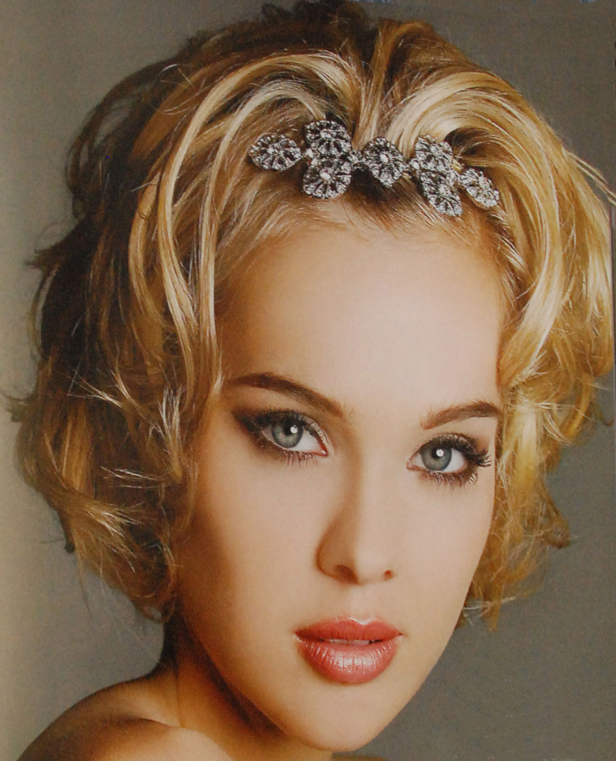 China Hairstyles For Girls  French Fashions