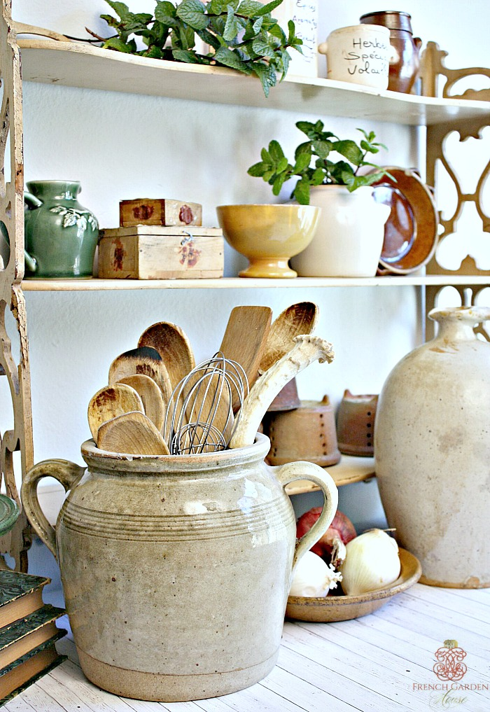 How to style your french country kitchen for French country blog