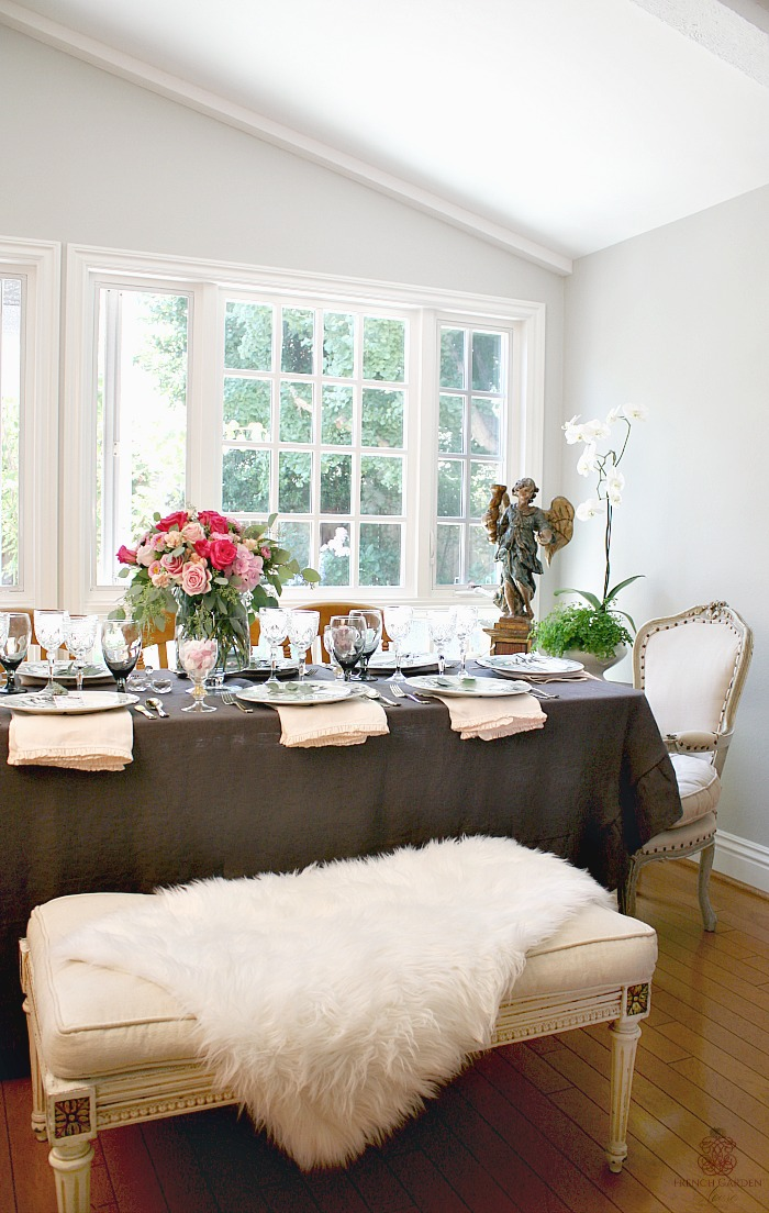 Romantic French Country Table Setting Tips