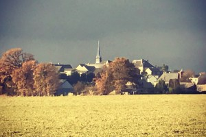 Say French Village