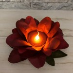 How to make a Poinsettia out of Oval die to hold a tea light. Product by Stampin