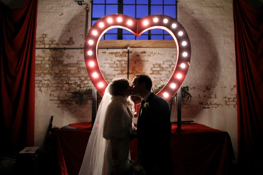 english-barn-wedding-with-curtains-and-a-giant-light-heart-17