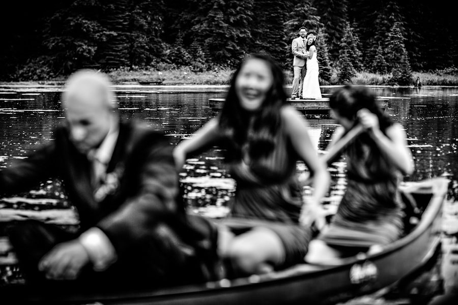 outdoor-wedding-by-a-lake-10