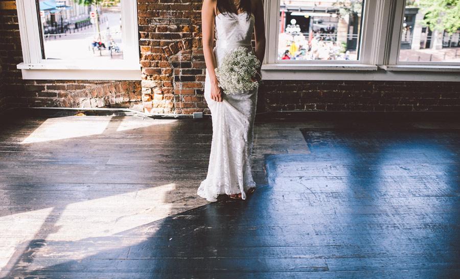 vancouver-bar-wedding-kelsey-jerrit-11
