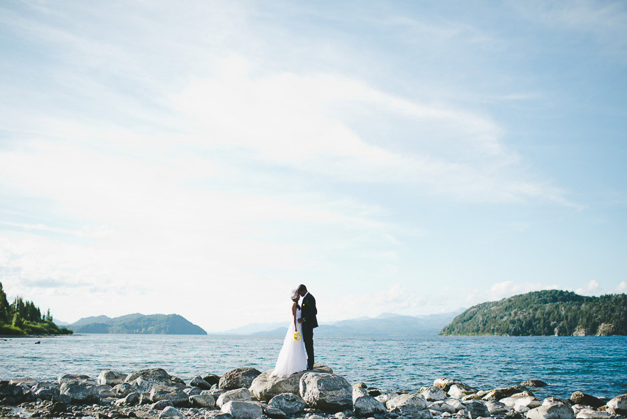 Post-Wedding-Pictures-Lake-Barefoot-11