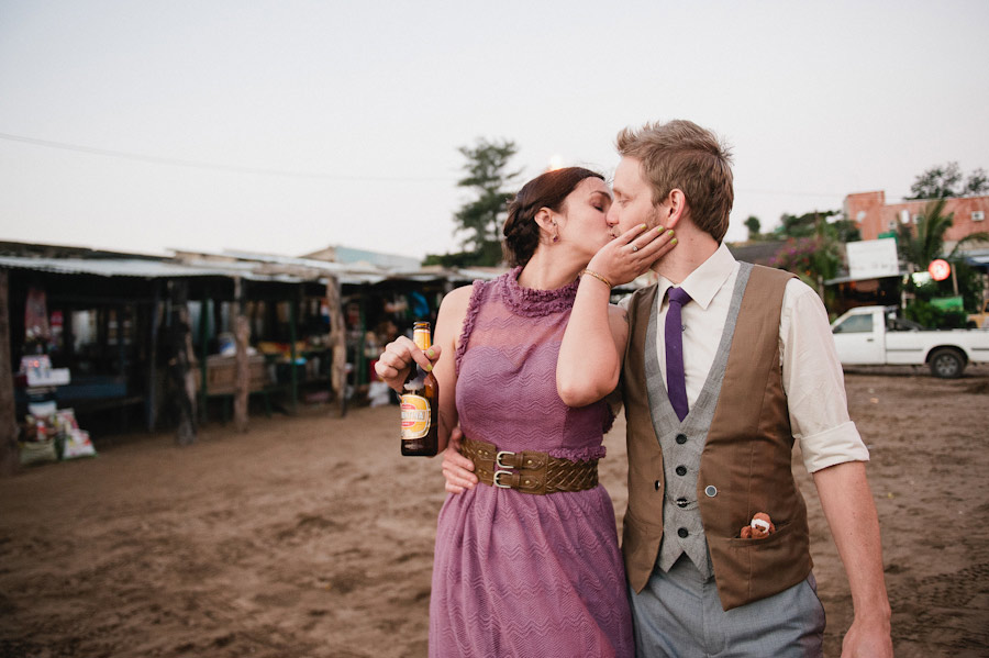 purple-mozambique-monkey-themed-beach-wedding-07