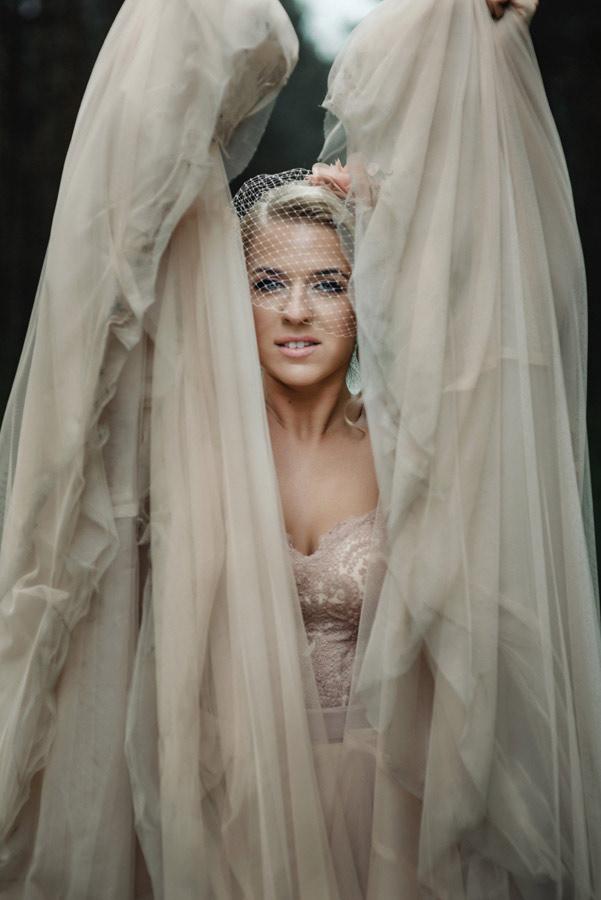 classic-wedding-beautiful-dress-lina-aiduke-16