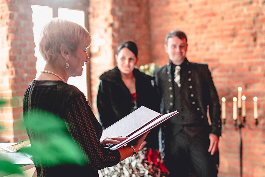 german-wedding-black-red-white-13