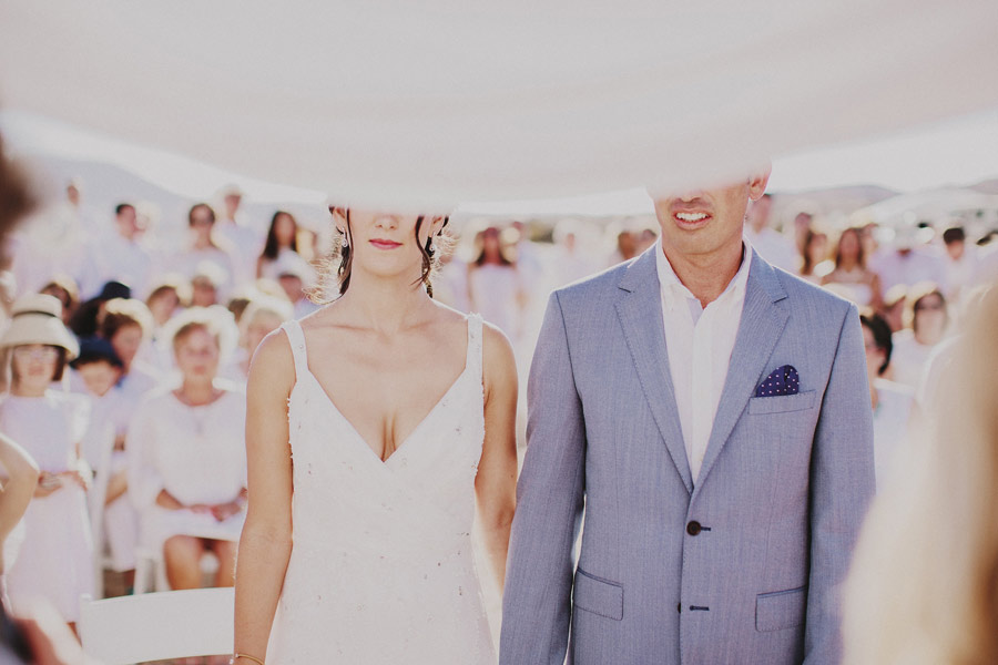 wedding-on-isolated-beach-pablo-beglez-20
