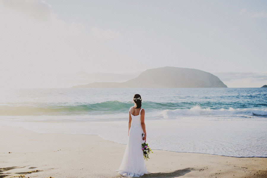wedding-on-isolated-beach-pablo-beglez-25