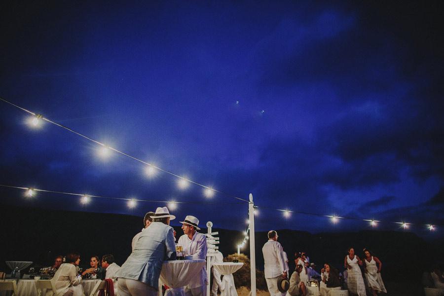 wedding-on-isolated-beach-pablo-beglez-29
