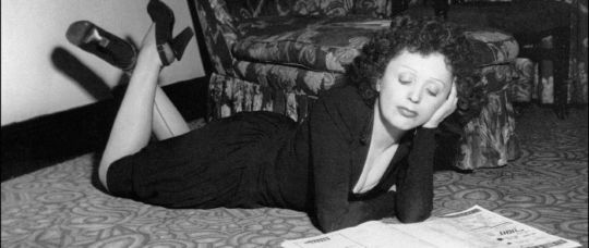 Picture of famous singer, Edith Piaf.