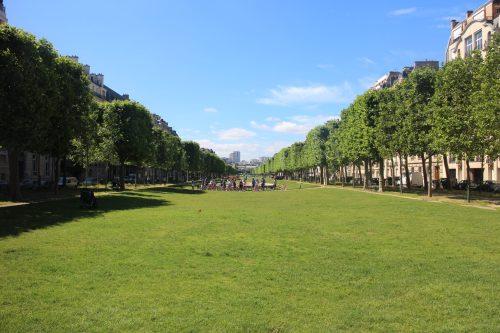 Lois continues, probabilité, uniforme, normale, terminale, Paris, France