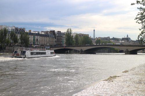 Exponentielle, définition, variation, équations de tangente, première, La Seine, Paris