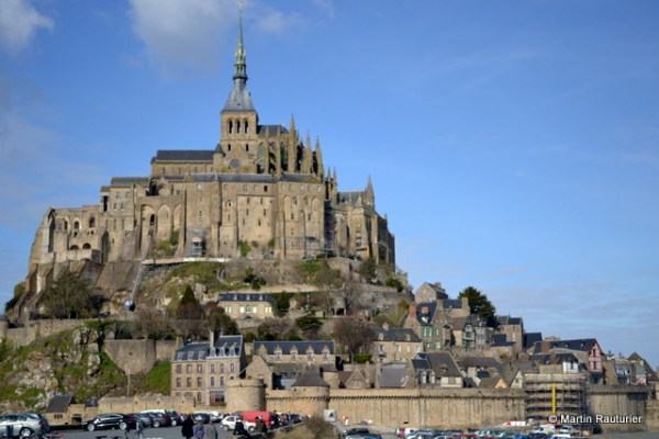mont-saint-michel-seen-from-the-causeway