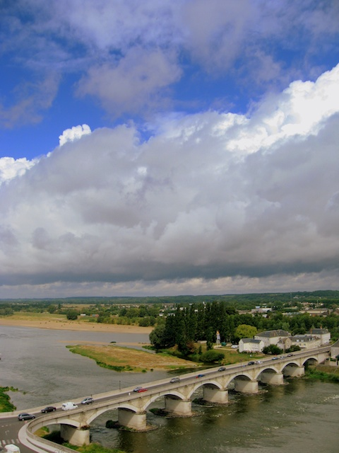 The Loire at Amboise © J. O'Dea - French Moments