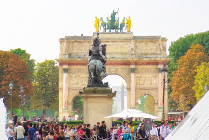 The equestrian statue and the Historical Axis of Paris looking westwards © French Moments