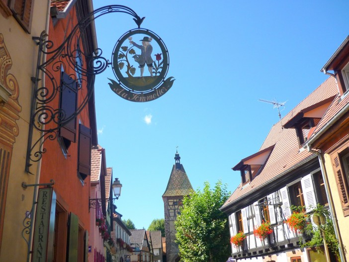 Grand'Rue of the village of Bergheim © French Moments