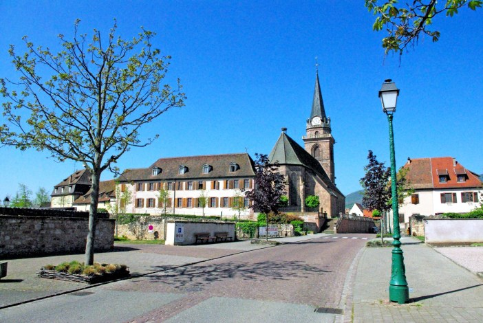 The parish church of Bergheim © French Moments